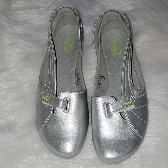 Puma Shoes - Puma Size 8.5   Driving Shoes  Silver  Velcro